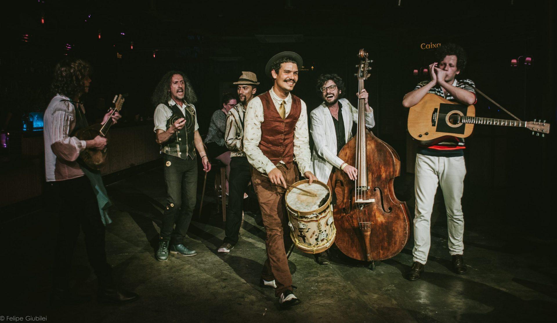 Imagem 15 do Evento Mustache & os Apaches