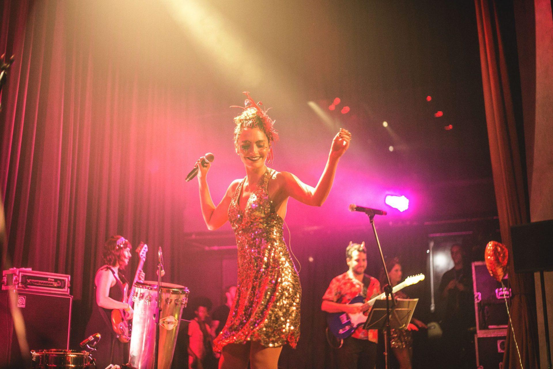 Imagem 7 do Evento Baile da Revanche | Bruna Caram, Marina de la Riva