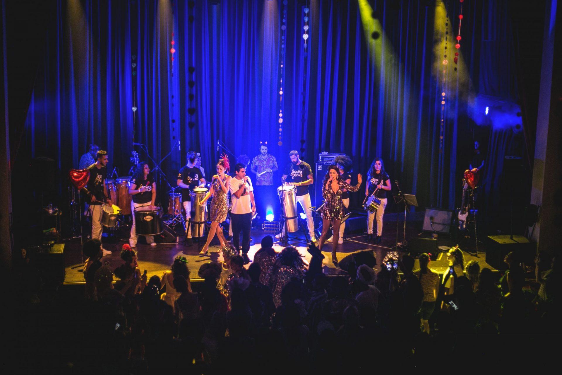 Imagem 13 do Evento Baile da Revanche | Bruna Caram, Marina de la Riva