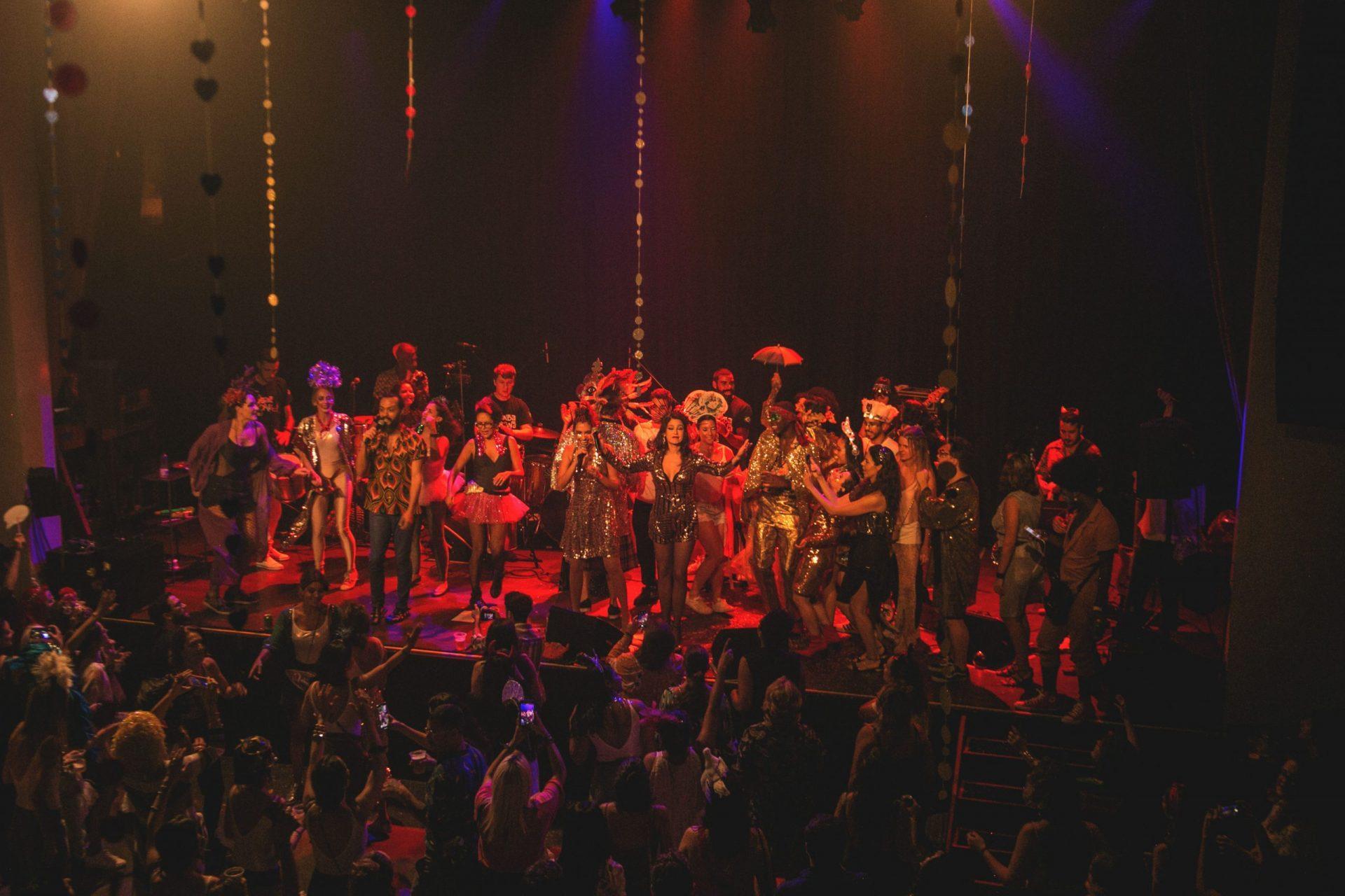 Imagem 16 do Evento Baile da Revanche | Bruna Caram, Marina de la Riva