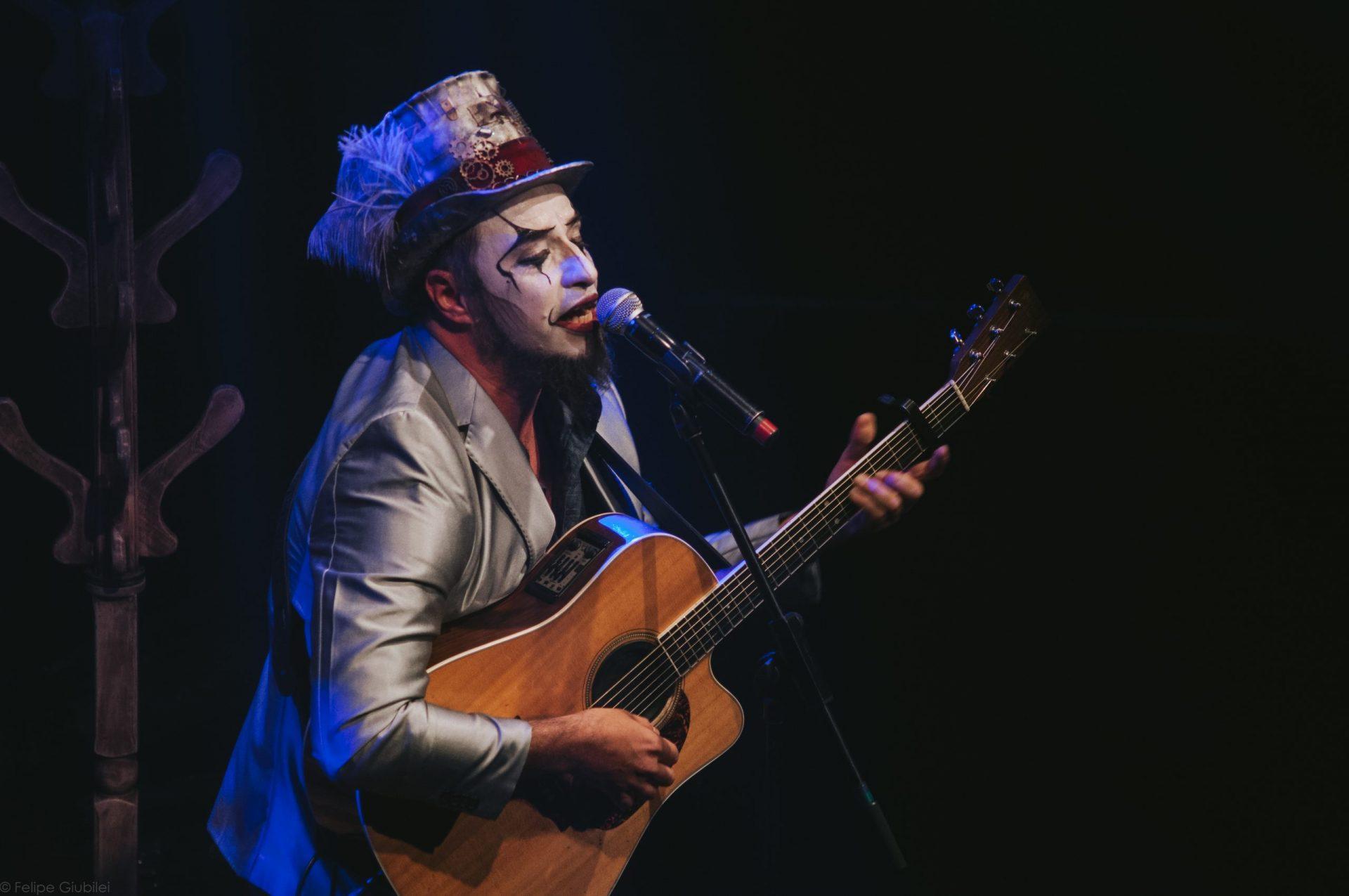 Imagem 3 do Evento Fernando Anitelli em: O Teatro Mágico