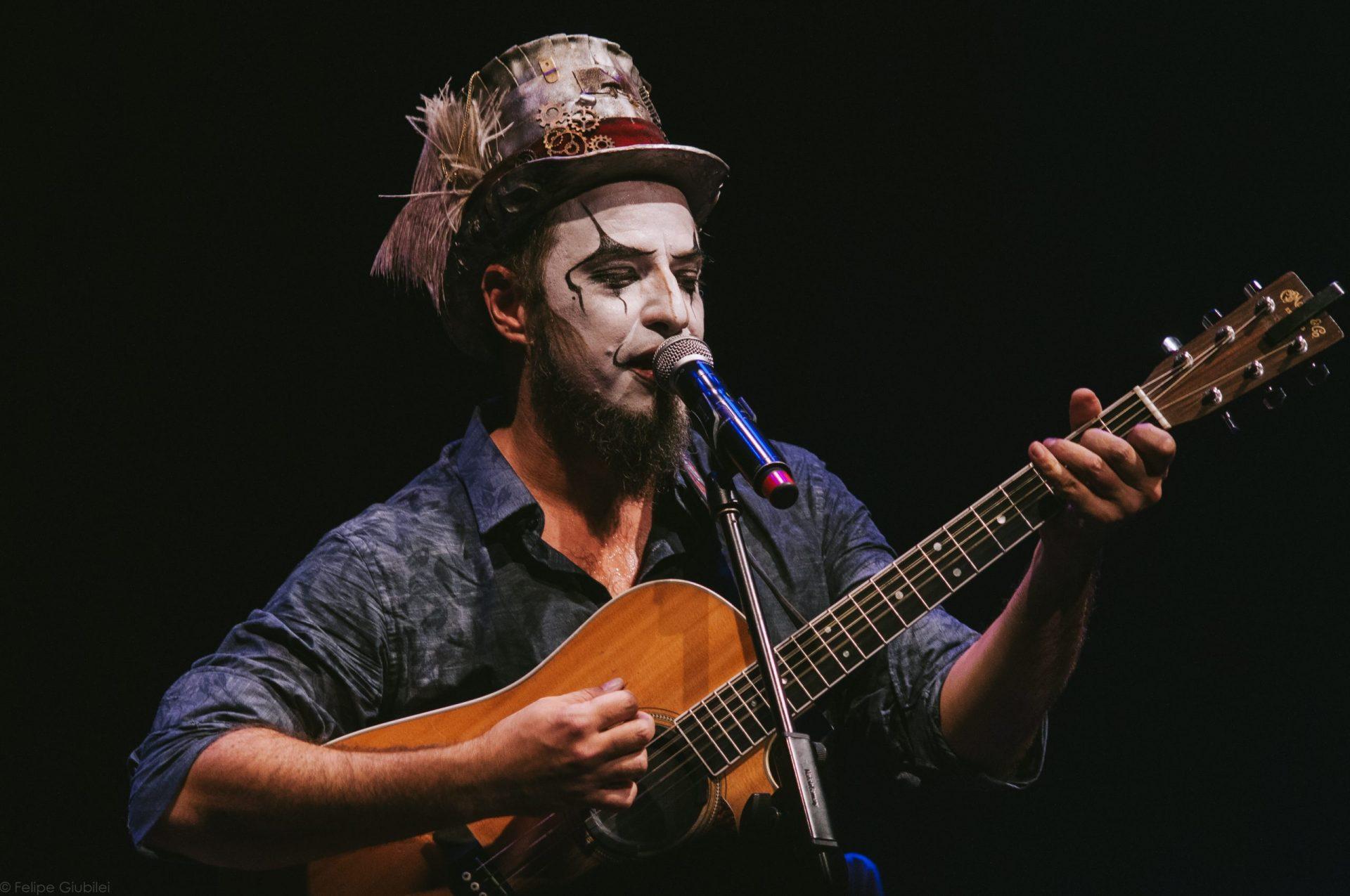 Imagem 8 do Evento Fernando Anitelli em: O Teatro Mágico