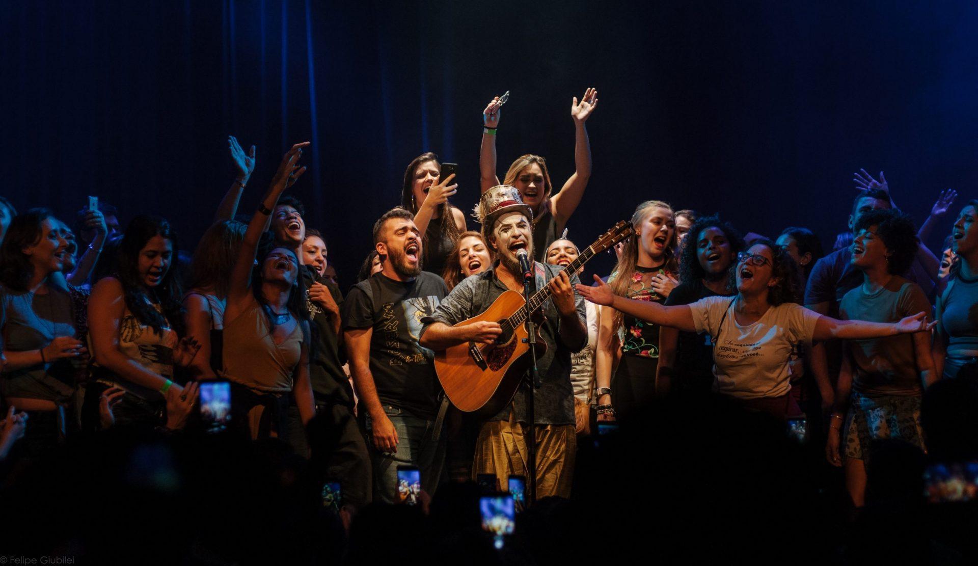 Imagem 15 do Evento Fernando Anitelli em: O Teatro Mágico