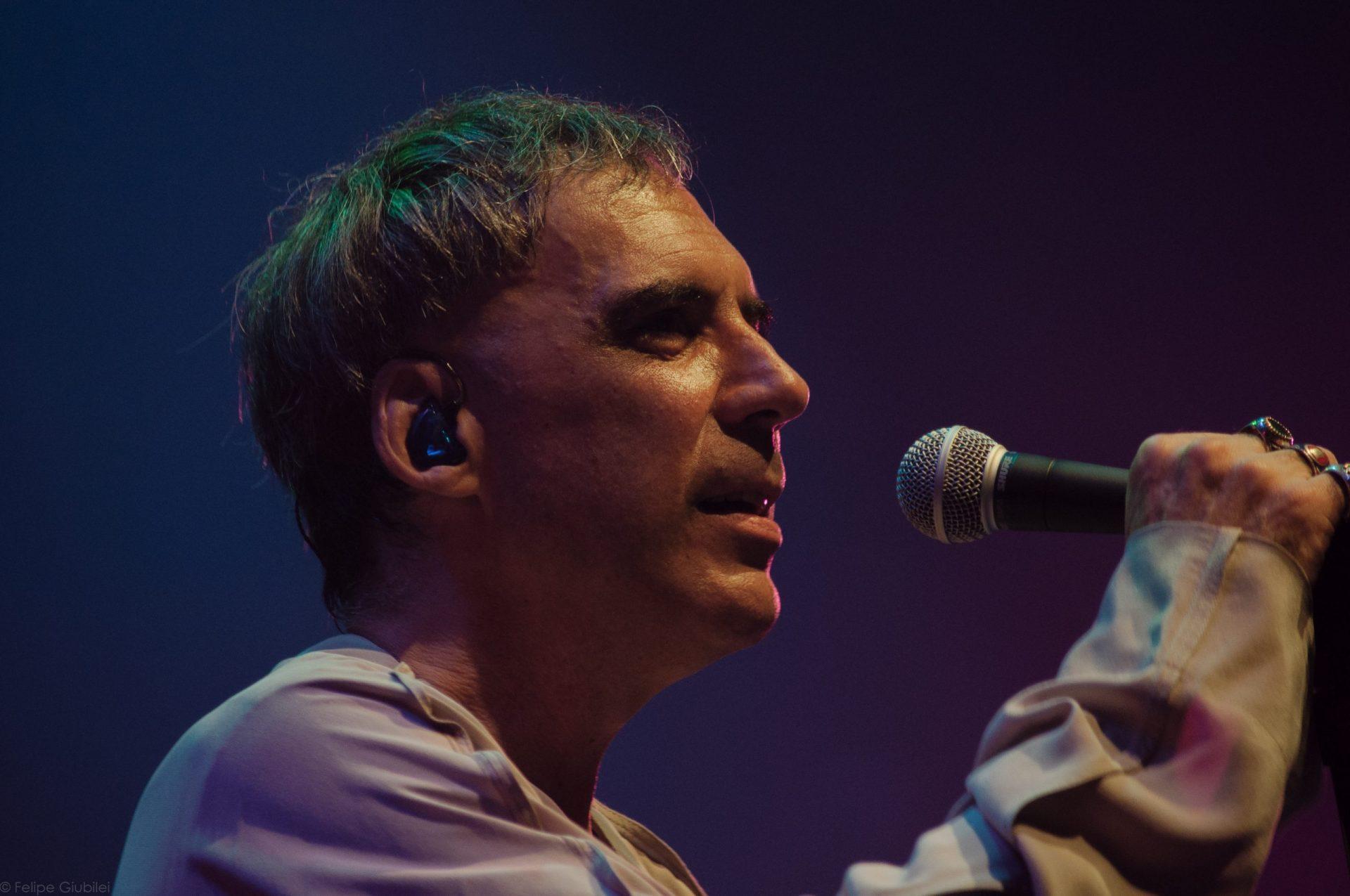 Imagem 10 do Evento Arnaldo Antunes no show Rstuvxz trio