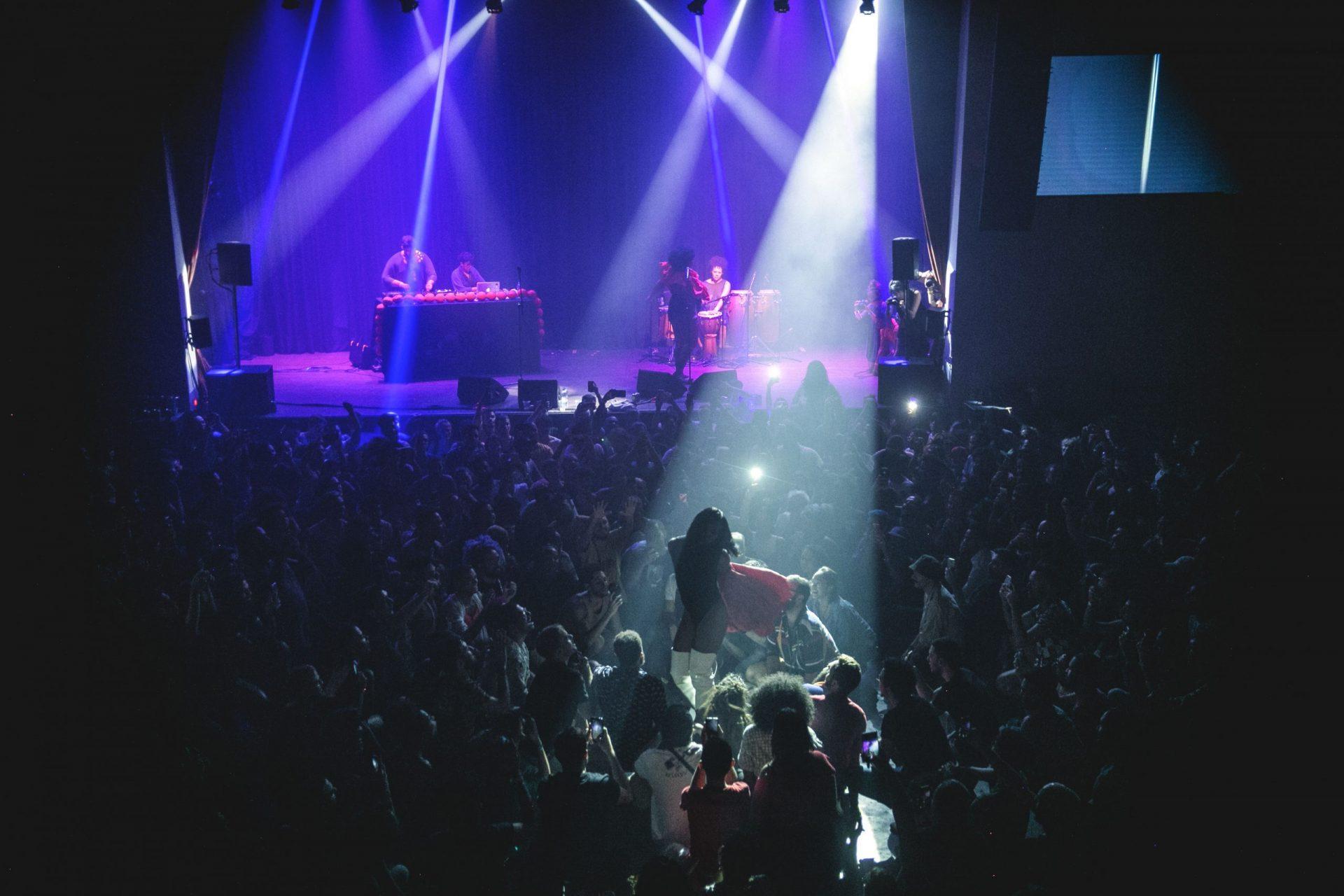 Imagem 15 do Evento MC Tha + Linn da Quebrada