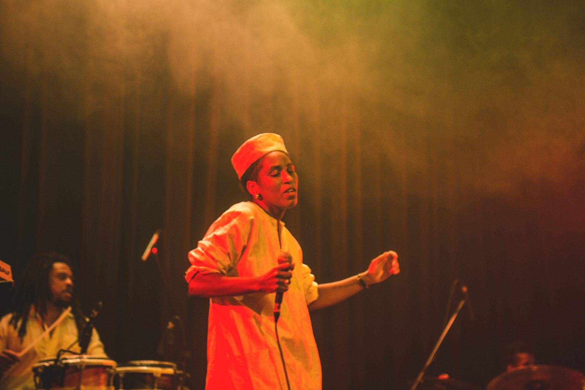 """Imagem 2 do Evento Mahmundi no show """"Para Dias Ruins"""""""